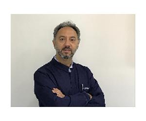 Dr Gustavo Issas
